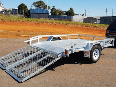 Mower and Small Plant Trailer for Hire